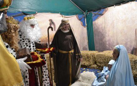 Sus Majestades los Reyes de Oriente llevan la ilusión a los pequeños y mayores de Almagro