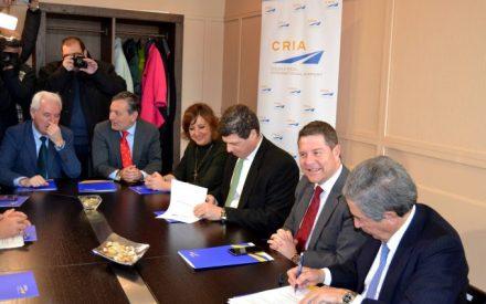 """García-Page: """"El aeropuerto de Ciudad Real tiene futuro y proporcionará cientos de empleos en sectores estratégicos en la próxima legislatura"""""""