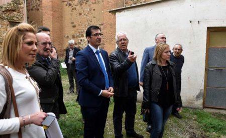 La Diputación adelantará al ayuntamiento de Santa Cruz de Mudela el dinero para la compra de un inmueble que se destinará a residencia de mayores