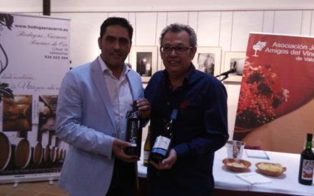AJAV ha celebrado este viernes en el Museo del Vino de Valdepeñas una cata de la Bodega Navarro y Hermanos Racimo de Oro