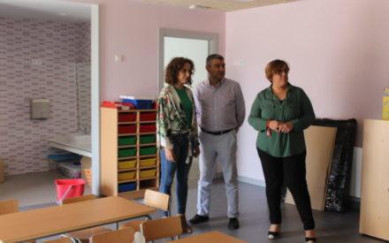 Carmen Olmedo visita el nuevo aulario del CEIP San Isidro de Daimiel