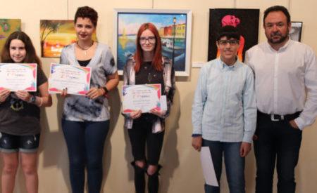 Los ganadores del 'III Certamen de pintura escolar'  de Manzanares reivindican el arte en las aulas