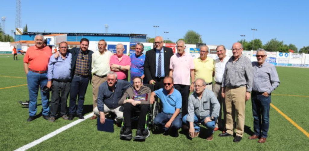 El Manzanares CF rinde un sentido homenaje a Antonio Caba