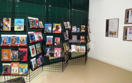 Una exposición en Manzanares explica la historia del cómic en la biblioteca municipal