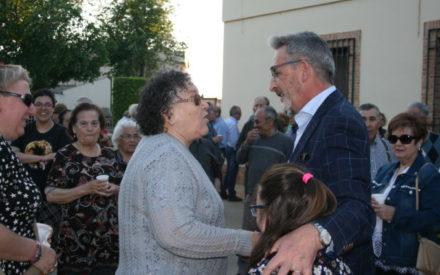 Unos 200 vecinos y vecinas del barrio de Cachiporro han acompañado a Jesús Martín en su último acto de esta campaña electoral