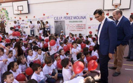 Caballero destaca la importancia de donar médula en la jornada de concienciación «700 camisetas contra la leucemia»
