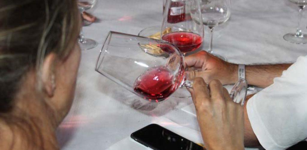 La Cámara de Comercio organiza un Seminario para profesionales sobre 'Cata y protocolo del vino'