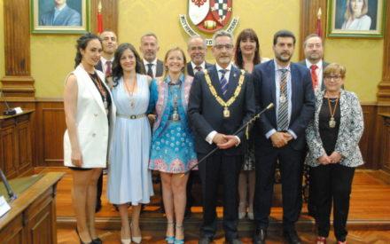El socialista Jesús Martín ha sido hoy investido por quinta vez consecutiva como alcalde de Valdepeñas