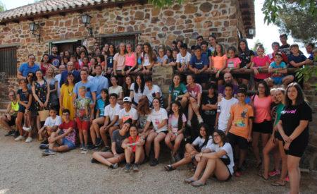 Más de 70 jóvenes con diabetes participan en El Cañaveral en un campamento organizado por ADIVAL