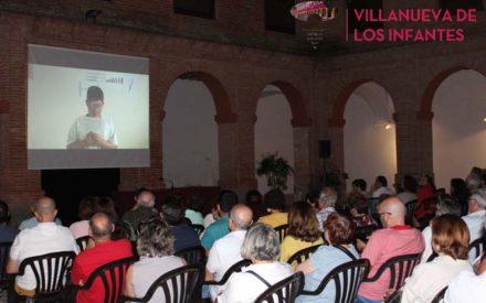 La Asociación Cultural Luciérnaga clausura las XXI Jornadas Literarias con un Homenaje popular a Antonio Machado