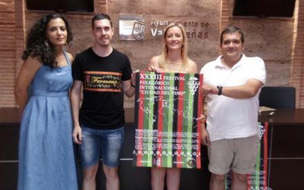 Presentado el XXXIII Festival Folclórico Internacional «Ciudad del Vino» de Valdepeñas