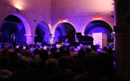 Juan Pérez Floristán al piano, derroche de magia sobre ébano y marfil en Villanueva de los Infantes