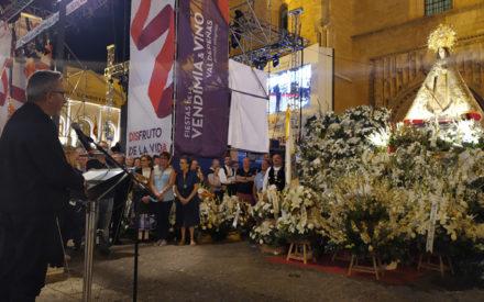 El alcalde agradece a la patrona la ausencia de incidentes por tormentas y pide la misma gratitud para la vendimia