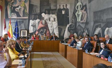 La Diputación aprueba inversiones en pueblos por 442.000 euros y asume la recaudación de los tributos en Alcázar