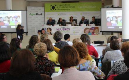 Clausura del I Foro de Mujeres Cooperativistas de Castilla-La Mancha en Almagro