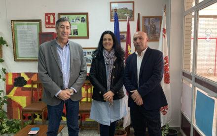 El Gobierno de Castilla-La Mancha se interesa por la situación del CEIP 'Maestro Navas' de Aldea del Rey