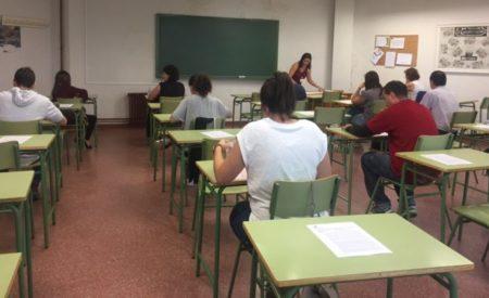 Un total de 3.456 aspirantes se han examinado en Ciudad Real a las plazas de auxiliar técnico educativo y auxiliar de enfermería