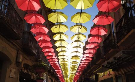 Los paraguas solidarios de Valdepeñas irán a beneficio de 'Proyecto Sueños'