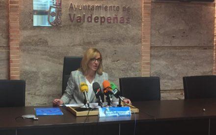 La portavoz del PP, Cándida Tercero, propone una mejora en la circulación de la Calle Seis de Junio y una mejora en la Promoción Turística de la localidad