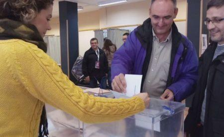 """Podemos Valdepeñas, Luis Benítez de Lugo """"Hoy toca salir, movilizarse y votar"""""""