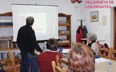 Impartido un Taller práctico sobre Uso de las Redes Sociales en el Centro de Día de Villanueva de los Infantes