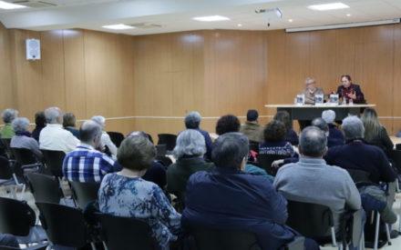Juan Martín se atreve con la esquizofrenia en la presentación de su último libro en Manzanares