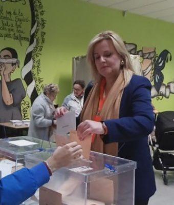 """Ciudadanos Valdepeñas, Virginia Espinosa """"Hoy es el día para decidir nuestro futuro"""""""