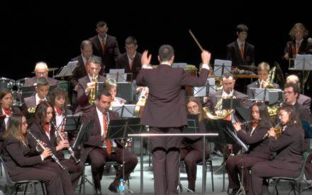 El Teatro Auditorio Fco. Nieva acogió el concierto de la Unión Musical Ciudad de Valdepeñas