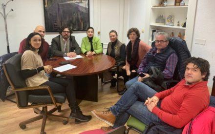 La Alcaldesa de Villanueva de los Infantes se reúne con la nueva junta directiva de Turinfa