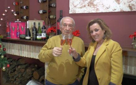 La Familia de Bodegas Navarro López felicita las Navidades