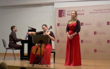 El Centro Cultural «La Confianza» acoge el Recital de Navidad del Trío Delúan
