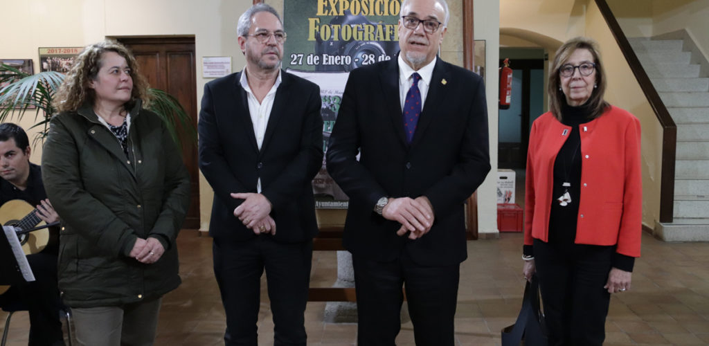 Exposición fotográfica: '30 Años de Universidad Popular en Manzanares'