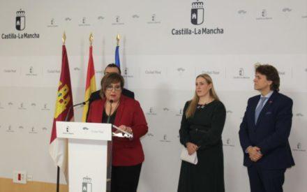 La delegada de la Junta de CLM en Ciudad Real, Carmen Olmedo presenta los actos del día de Ciudad Real en FITUR