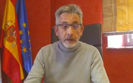 El alcalde de Valdepeñas suspende la zona azul y estudiará bonificaciones fiscales, entre otras medidas