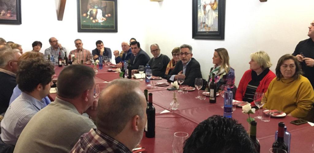 Jesús Martín espera hacer posible un recorrido oficial de la Semana Santa valdepeñera