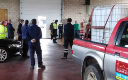 Personal del área de Obras de la Diputación desinfecta a partir de mañana 32 pueblos de la provincia