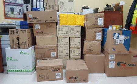 La Diputación distribuye entre todos los pueblos un primer paquete de 2.000 trajes reutilizables y 25.000 guantes