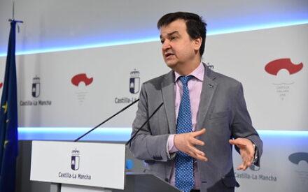 García-Page invita a participar en el Comité de la desescalada de la región al Colegio Oficial de Veterinarios de CLM