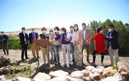La consejera de Educación, Cultura y Deportes, Rosa Ana Rodríguez visita el Parque Arqueológico de Alarcos en Ciudad Real