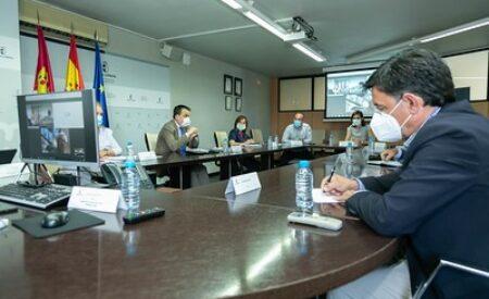 Francisco Martínez Arroyo mantiene un encuentro con las organizaciones profesionales agrarias y cooperativas agroalimentarias