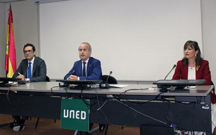 La UNED evalúa a 200.000 estudiantes de 5 continentes a través de la aplicación AvEx