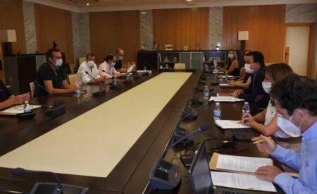 Reunión del Patronato de la Fundación Tierra de Viñedos en la sede del IVICAM en Tomelloso
