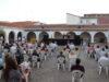 Presentado en el patio del mercado de Manzanares la primera novela de la escritora manzanareña África Crespo