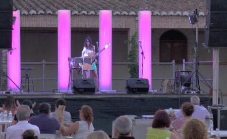 Bodegas Arúspide acogió el concierto Notas de Autor de Arúspide con María Vasán, Wahira Acústico y Sara Osorio