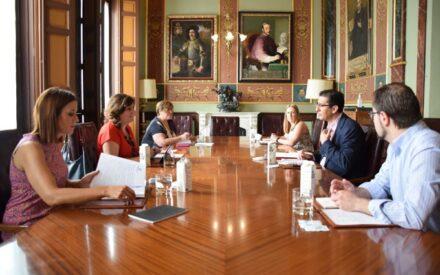 La Junta y la Diputación de Ciudad Real abordan estrategias conjuntas de desarrollo en el sector turístico