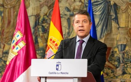 García-Page inaugura el Centro de Espeleología en Chillarón y visita el yacimiento arqueológico de la villa romana de Noheda