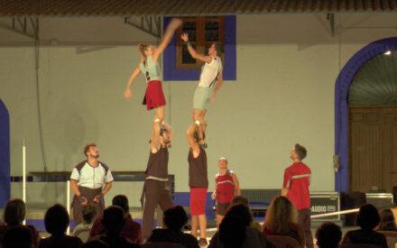 'Las noches de Bodegas A7' acogió el circo 'Aúreo'