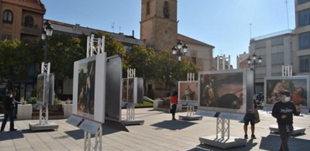 Inauguración de la exposición 'El Prado en las calles'  en Tomelloso