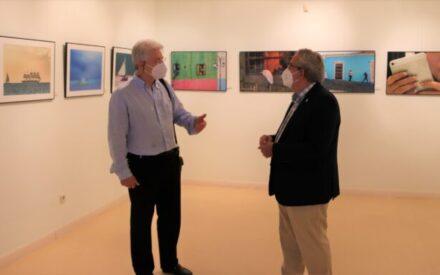 Reapertura de la exposición fotográfica 'Series 3.0' en la biblioteca municipal de Manzanares